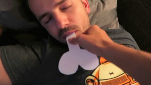 PAPER DICK IN A MOUTH WAKE UP PRANK
