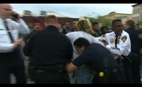Baltimore police, protesters clash
