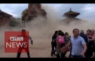 Nepal earthquake: Video shows terrified tourists as the temple collapse – BBC News