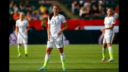 Alex Morgan gives USWNT 1-0 lead with deflected goal