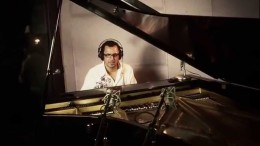 "Joey Navarro, ""Strawberry Moon"", featuring Paul Brown"