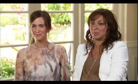 Kristen Wiig & Maya Rudolph Laugh It Up in 'Bridesmaids'