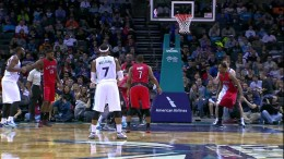 Lance Stephenson's Flashy No-Look Pass to Zeller