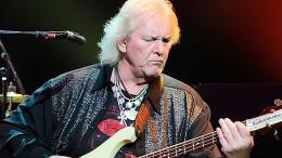 Morre Chris Squire, baixista da banda progressiva Yes