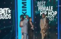 "Nicki Minaj Wins Best Female Hip Hop "" BET AWARDS 2015″  #BETAwards2015"