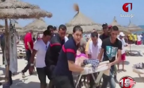 RAW: Scene of Tunisia deadly attack on beach near tourist hotels in Sousse