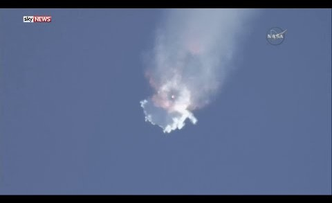 SpaceX Falcon 9 Rocket Explodes After Launch in Florida, 6/28/2015 Explosion [FULL VIDEO]