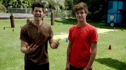 Ultimate Cereal Battle – Cameron Dallas and Hunter March
