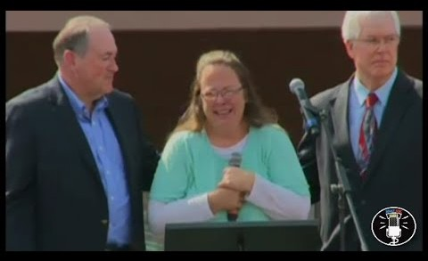 Kim Davis Speaks At Kentucky Rally After Being Released From Jail (9-8-15)