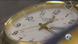 Lawmaker wants to end Daylight Saving Time