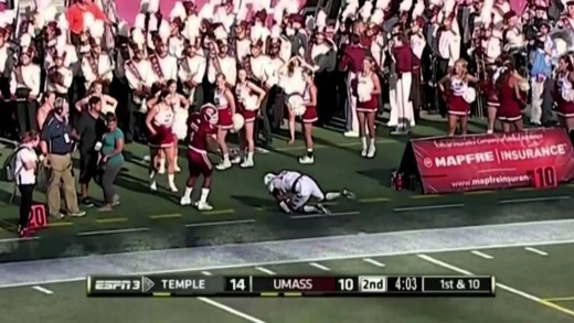 Temple Football Beats UMass with Late FG, 25-23