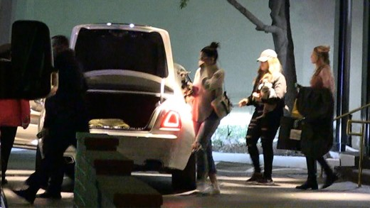 Kourtney Kardashian, Kylie Jenner, Lone Wolves on Friday Night