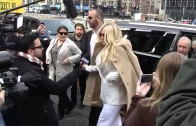 Kesha Arriving To NYC Courthouse, Fans Cheer 'Free Kesha Now'