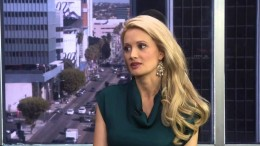 Exclusive Holly Madison Interview (The Daily Buzz)
