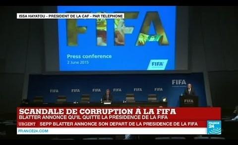 """Issa Hayatou, président de la CAF: """"Sepp Blatter a beaucoup fait pour l'Afrique""""  – FIFA"""