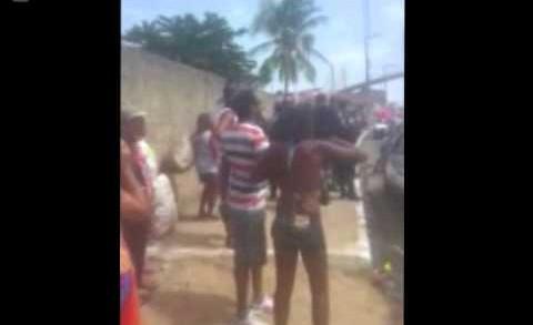 [TV TRIBUNA] Vídeo mostra confusão entre foliões e policiais no Baiacu na Vara