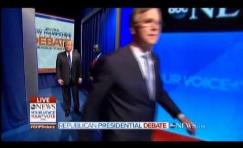 Ben Carson Causes Traffic Jam Off-Stage At ABC Debate