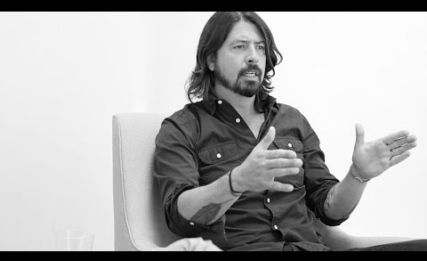 """Dave Grohl's Surprising Take on Kurt Cobain: """"That Dude Was Hilarious"""" – 2 of 11"""