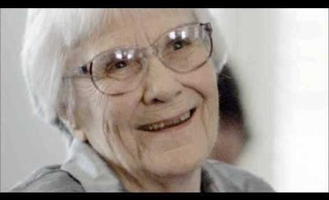 'To Kill a Mockingbird' Author Harper Lee Dies at 89